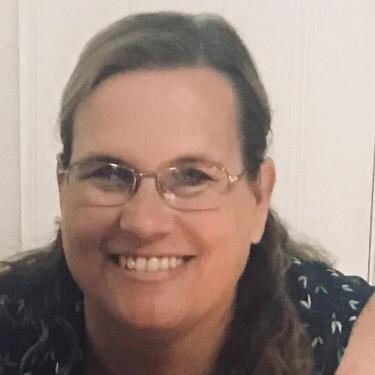 Headshot of Funeral Director, Dayna Jackson