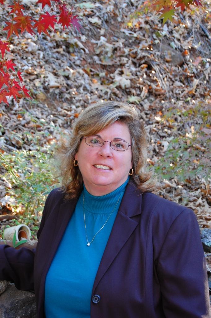 Headshot of Margaret Mundt, Manager